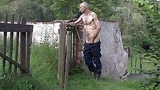 Granpa teen webcam girl fingering her pussy toying