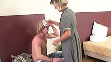 Morning sex with mature woman