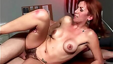 Hairy divorcee muff pounded